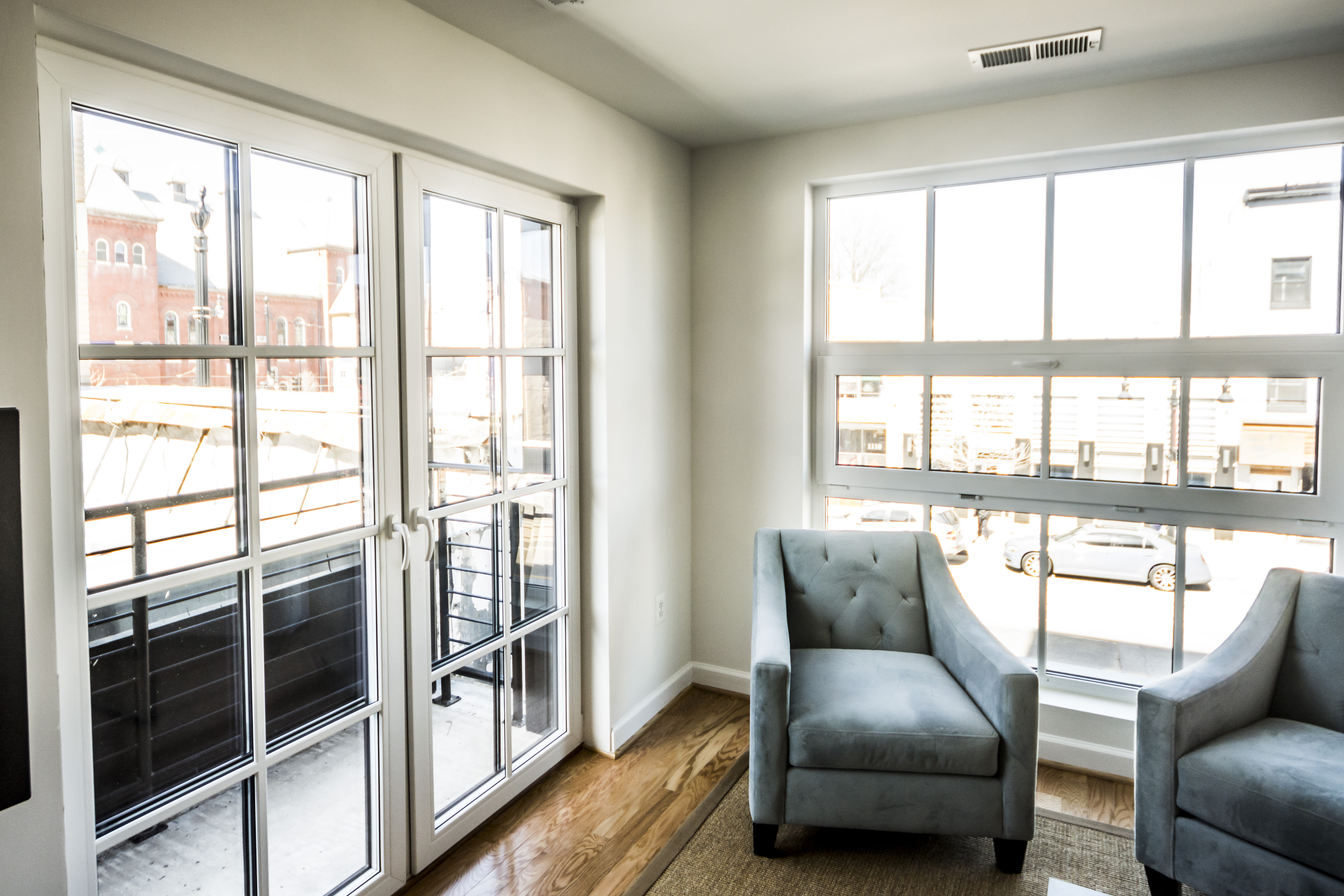 1115 H St. Apartments with INTUS Windows