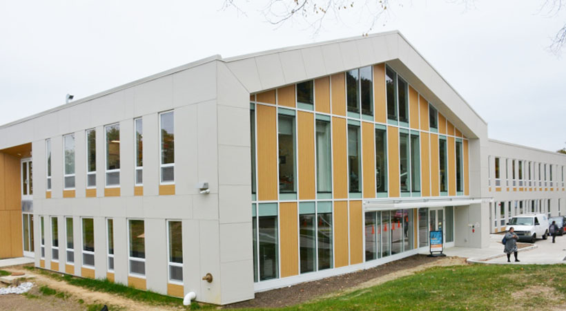 Mamie D. Lee Charter School with INTUS Windows