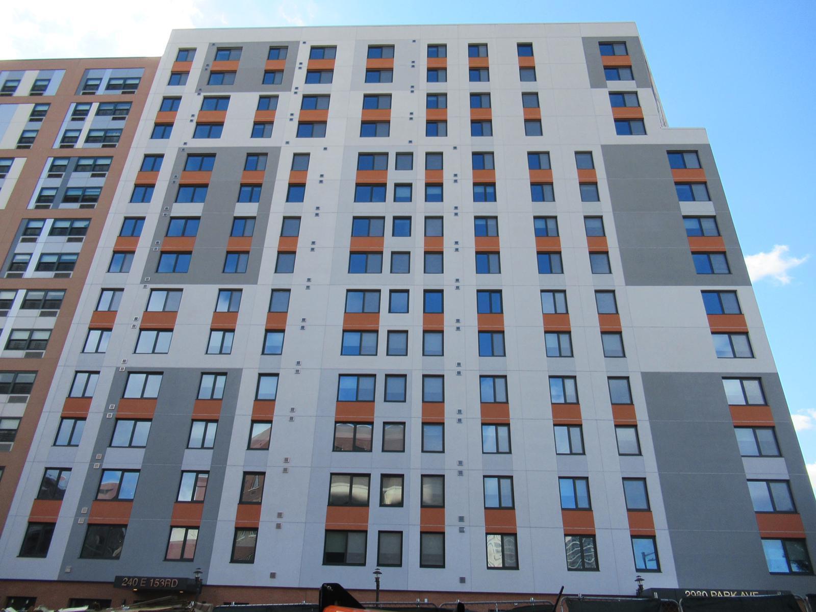 Morris II Apartments with INTUS Windows